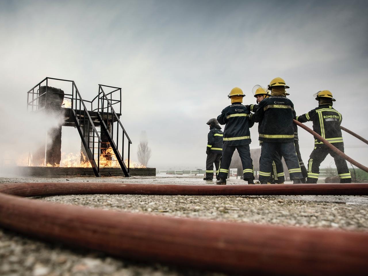 Prácticas, sofocando incendio | El instituto